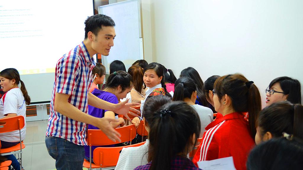 Tìm học viên cho trung tâm ngoại ngữ